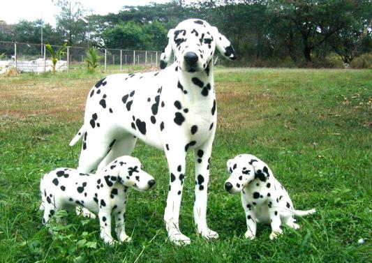 Мягкая игрушка собака Hansa Далматин искусственный мех белый 90 см 3872