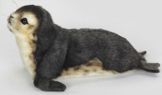 Мягкая игрушка тюлень Hansa Детеныш тюленя-монаха искусственный мех черный 30 см 6803