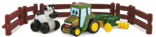 Игровой набор Tomy Приключения трактора Джонни и коровы на ферме 9 предметов 37722-1 tomy tomy игровой набор поезд динозавров фигурки бадди и кондуктор с вагоном