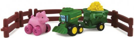 Игровой набор Tomy Приключения трактора Джонни и поросенка на ферме 9 предметов 377223 трактор tomy john deere зеленый 19 см с большими колесами звук свет