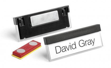 Бейдж Durable горизонтальный 17x67мм магнитный черный 25шт 8505-01 durable бейдж konvex горизонтальный с магнитом
