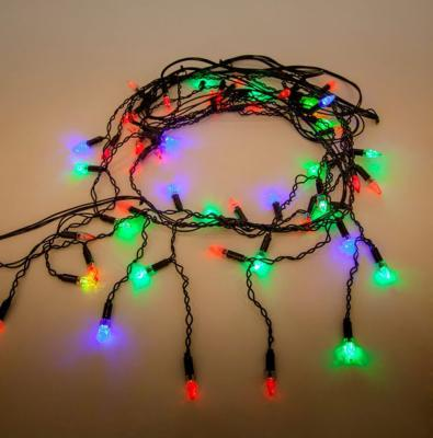 Гирлянда электрическая Новогодняя сказка Свечи 51 LED Портьера цветного свечения, черный провод2,5 м, мигающий свет
