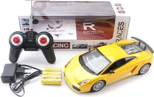 Машинка на радиоуправлении Shantou Gepai 1:18, 4 канала, свет, аккум. пластик от 6 лет желтый 6927713544093