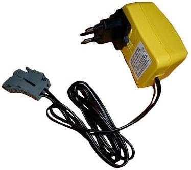 Зарядное устройтво Peg-Perego 24V 1A IKCB0303 зарядное устройство для аккумуляторов duracell cef14