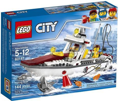 Конструктор LEGO City: Рыболовный катер 144 элемента 60147