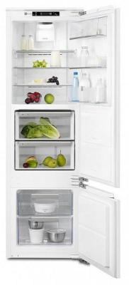 Холодильник Electrolux ENG2693AOW белый