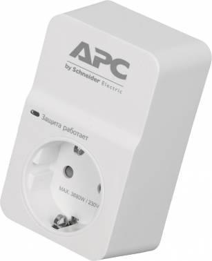 Сетевой фильтр APC PM1W-RS 1 белый 1 розетка кабель сетевой apc ap8716r ap8716r