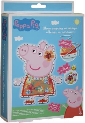 Набор для создания игрушки Peppa Pig Пеппа на отдыхе от 5 лет 31092 набор свечей peppa pig 5 шт