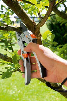 Купить Секатор контактный Gardena SmartCut 8798 08798-20.000.00