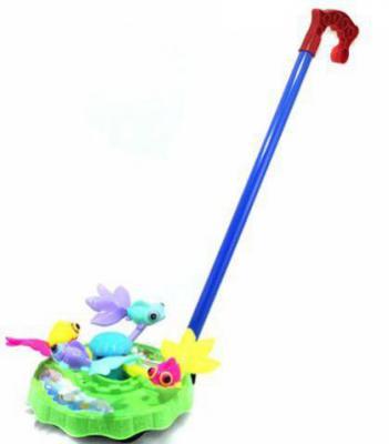 Каталка на палочке Shantou Gepai Карусель Рыбки пластик от 3 лет с ручкой разноцветный 42089 каталка на палочке shantou gepai бабочка 941720 пластик от 1 года на колесах разноцветный 1200