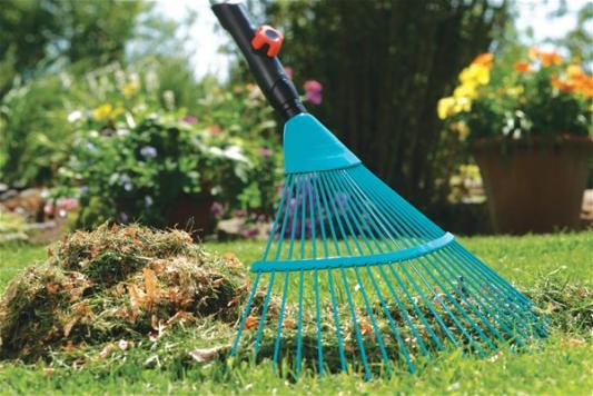 Грабли садовые Gardena 03100-20.000.00 грабли садовые gardena 03099 30 000 00