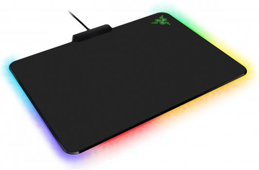 Коврик для мыши Razer Firefly Cloth, USB, c подсветкой RZ02-02000100-R3M1 коврик razer manticor rz02 00920100 r3m1